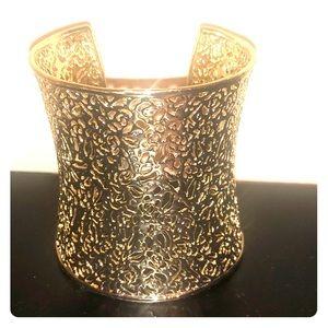 Kendra Scott gold cuff